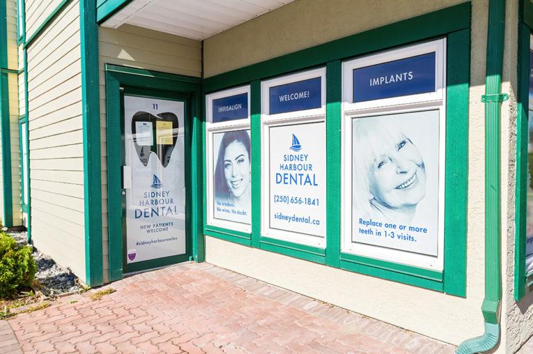 Sidney-Harbour-Dental-Headshot-office-image3