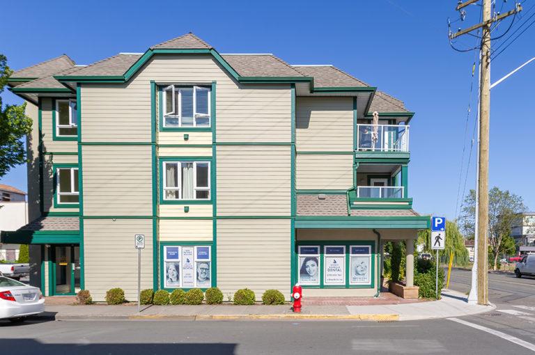 Sidney-Harbour-Dental-Headshot-office-image5